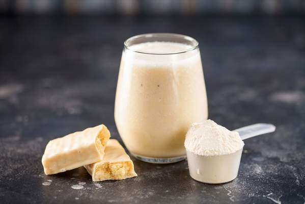 Proteinriegel, Proteinshake und Proteinpulver