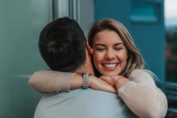 Umarmung - Kuscheln setzt Oxytocin frei
